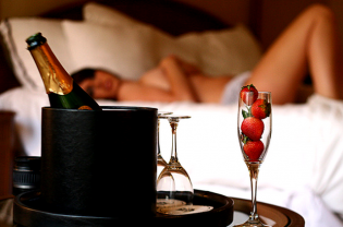 Шампанское залог секса